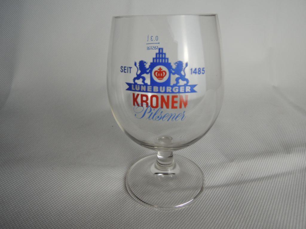 lueneburger-kronen-pilsener-bierschwenker-03