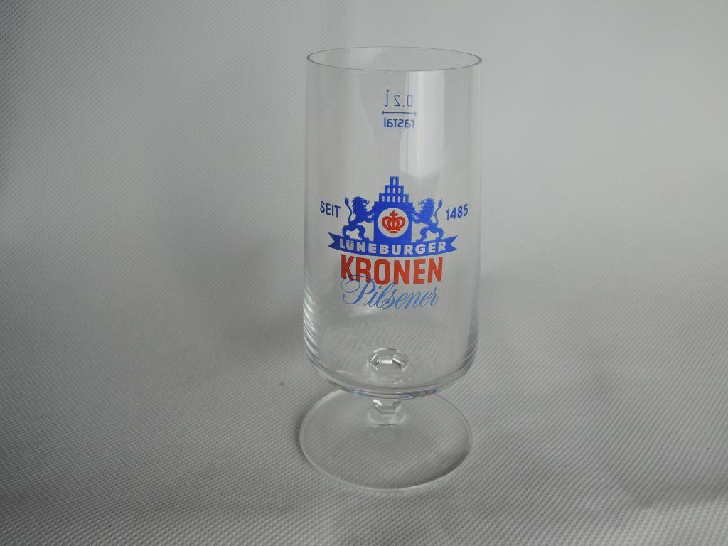 lueneburger-kronen-pilsener-glas-02-1