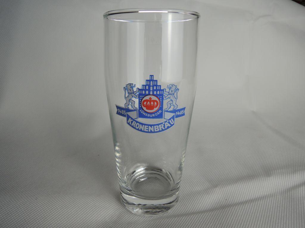 lueneburger-kronenbraeu-glas-schmal-02