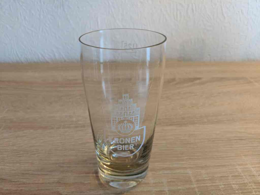 lueneburger_kronen_bier_willy_becher_logo_alt