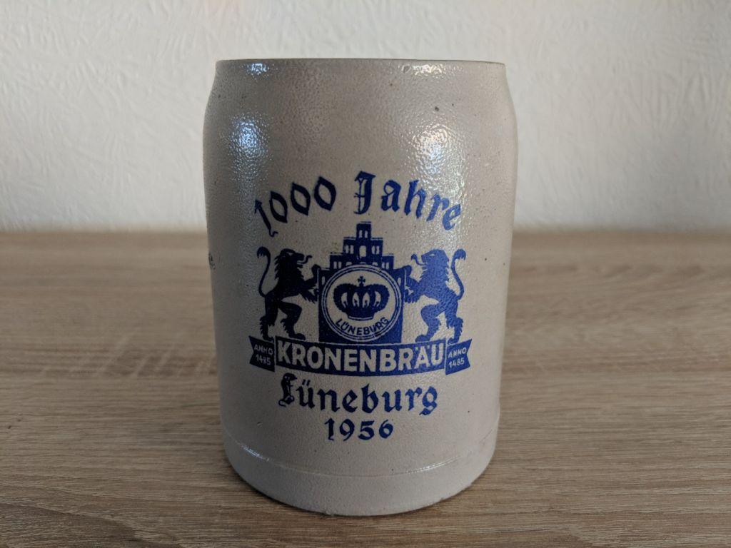 lueneburger_kronenbraeu_steinkrug_1000_jaahre_lueneburg