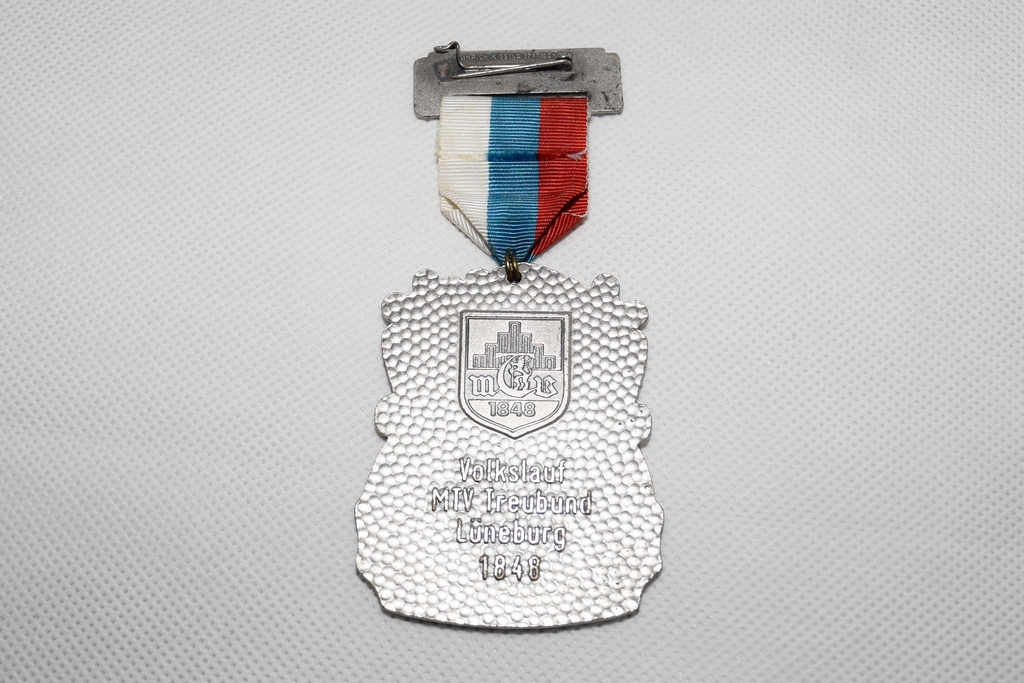 lueneburger-kronenbrauerei-medaille-kehrseite