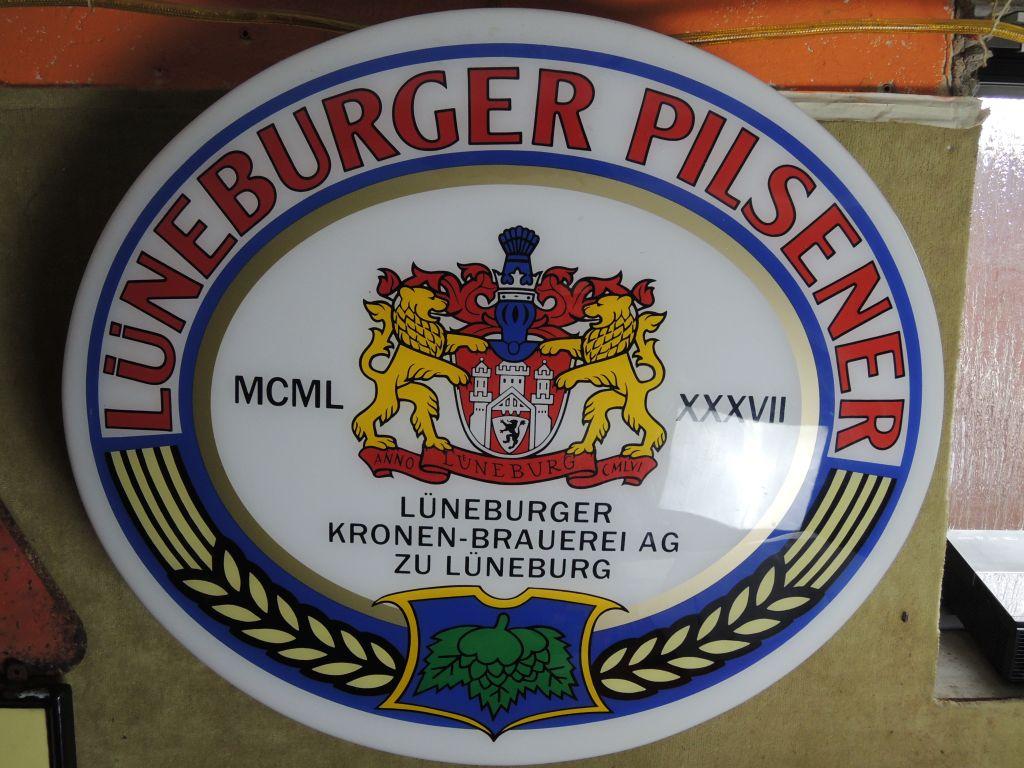 lueneburger-pilsener-leuchtreklame-gross
