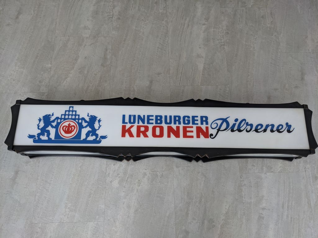 lueneburger_kronen_pilsener_leuchtreklame