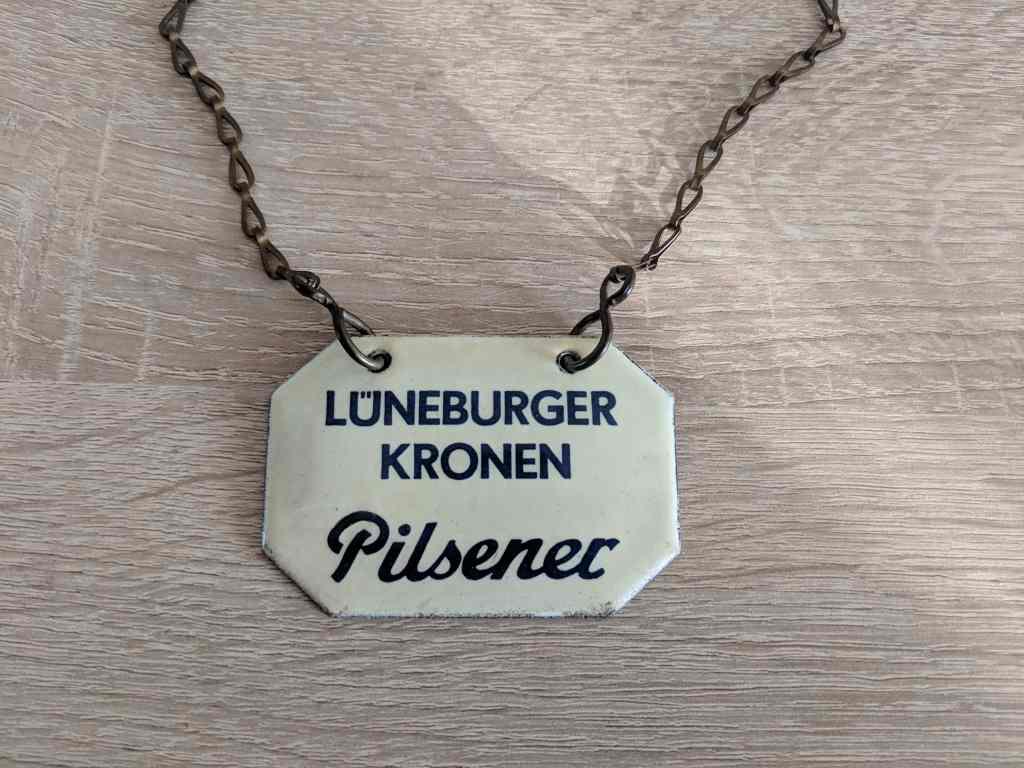 lueneburger_kronen_pilsener_zapfhahnschild_emaille