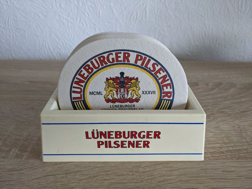 lueneburger_pilsener_bierdeckelhalter