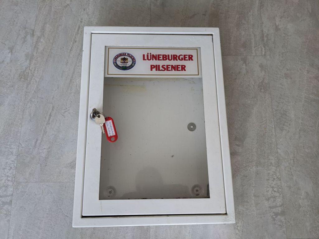 lueneburger_pilsener_speisekartenkasten_klein