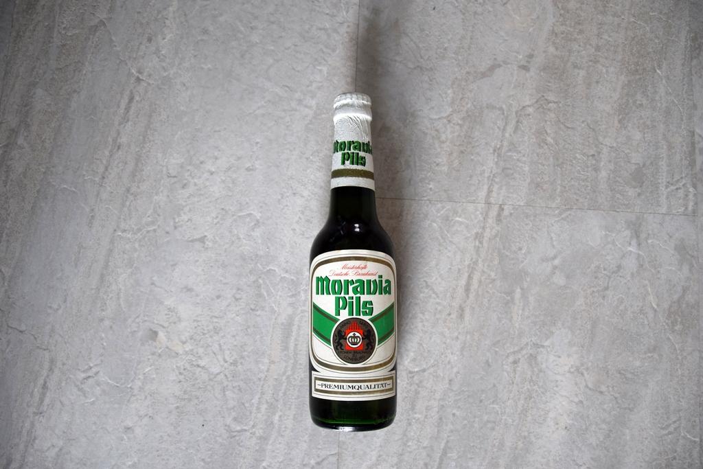flasche-moravia-pilsener-kronenbrauerei-lueneburg