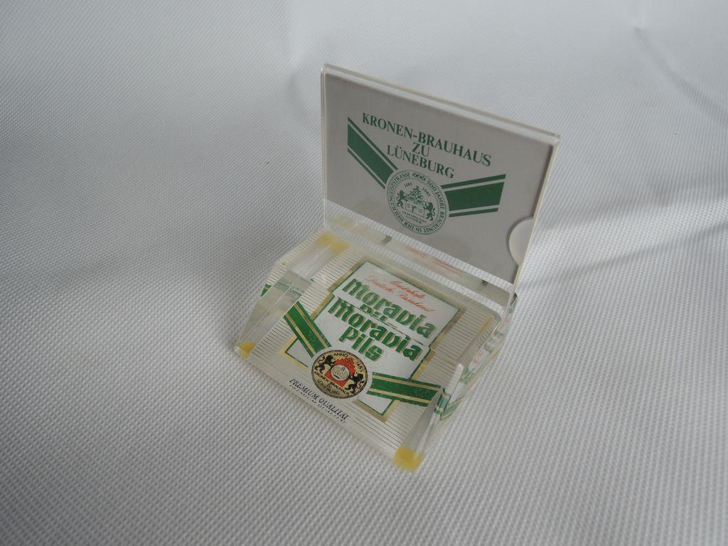 moravia-pils-tischstaender-1
