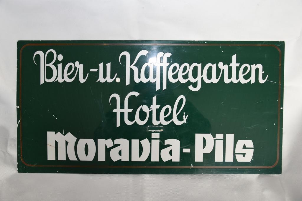 moravia-schild-biergarten